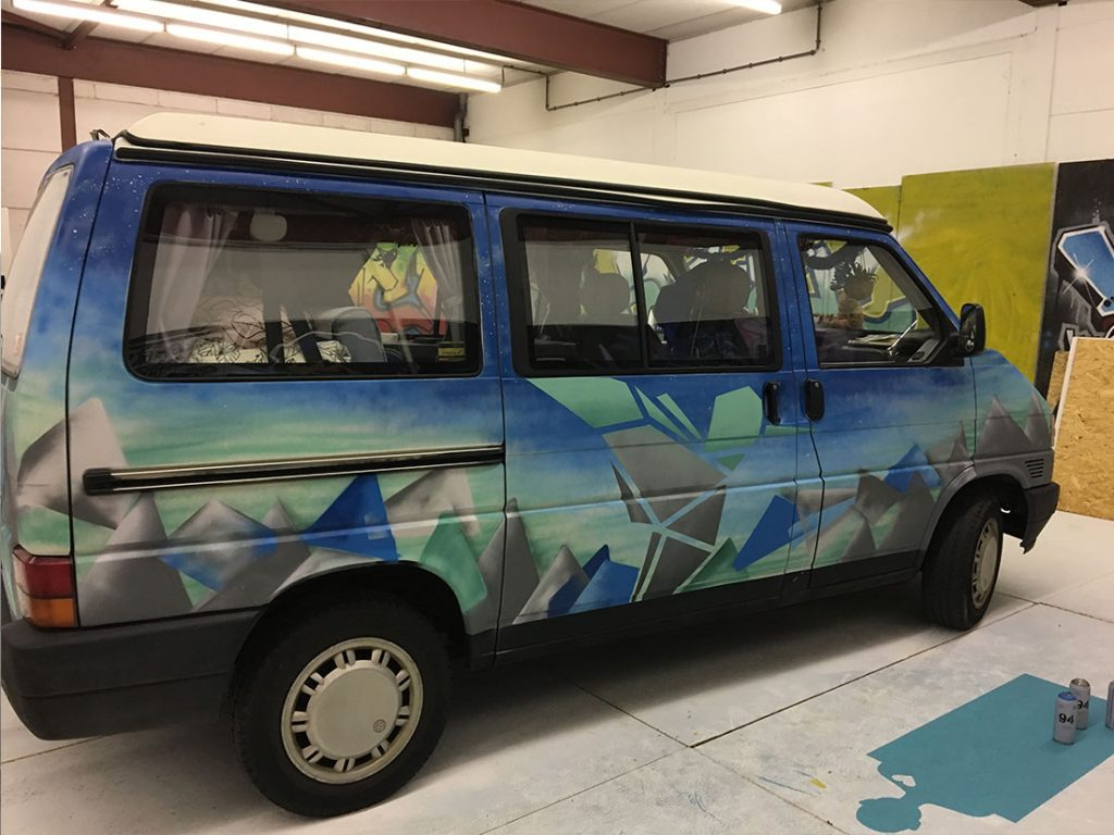 t4 camper graffiti vw