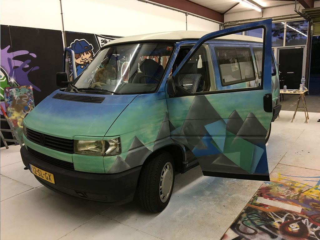 t4 camper vw graffiti